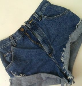 Vintage High Waisted Lee shorts